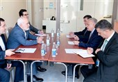 ظریف یلتقی نظرائه العراقی والأذربیجانی والصربی فی باکو