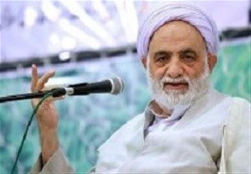 رئیس ستاد اقامه نماز در گرگان: مشکلات کشور با مدرکگرایی برطرف نمیشود