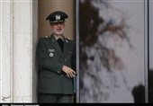 امیر حاتمی: 2 دستاورد موشکی به زودی رونمایی خواهد شد/ افتتاح 3 طرح جدید دفاعی با حضور روحانی