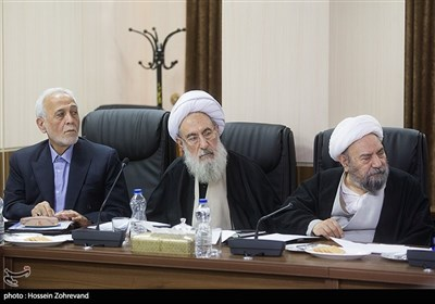 پرویز داوودی در جلسه مجمع تشخیص مصلحت نظام