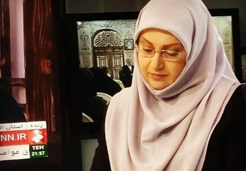 خداحافظی خانم گوینده با تلویزیون/ خبر شهادت حججی را به سختی و با بغض خواندم + فیلم