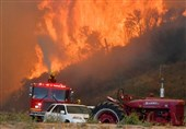 40,000 Ordered to Evacuate as Wildfire Spreads North of Los Angeles