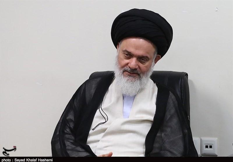 آیتالله حسینیبوشهری در بیمارستان بستری شد/انتقال امام جمعه قم به تهران