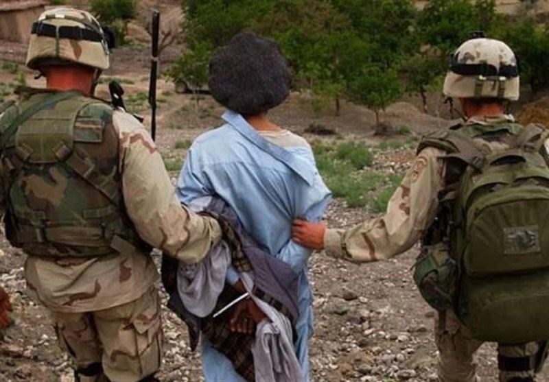 جنایات نظامیان استرالیایی در افغانستان؛ کشتن اسیر به خاطر کمبودجا در هواپیما