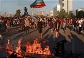 رئیس جمهور شیلی کابینه را منحل کرد/اعتراضات ادامه دارد