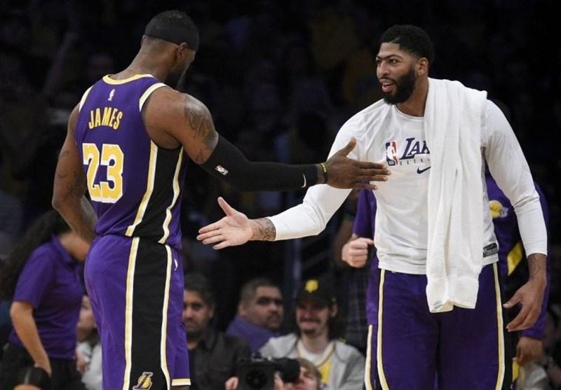 پلیآف لیگ NBA| پیروزی لیکرز با 62 امتیاز جیمز و دیویس/ میلواکی از سد میامی گذشت