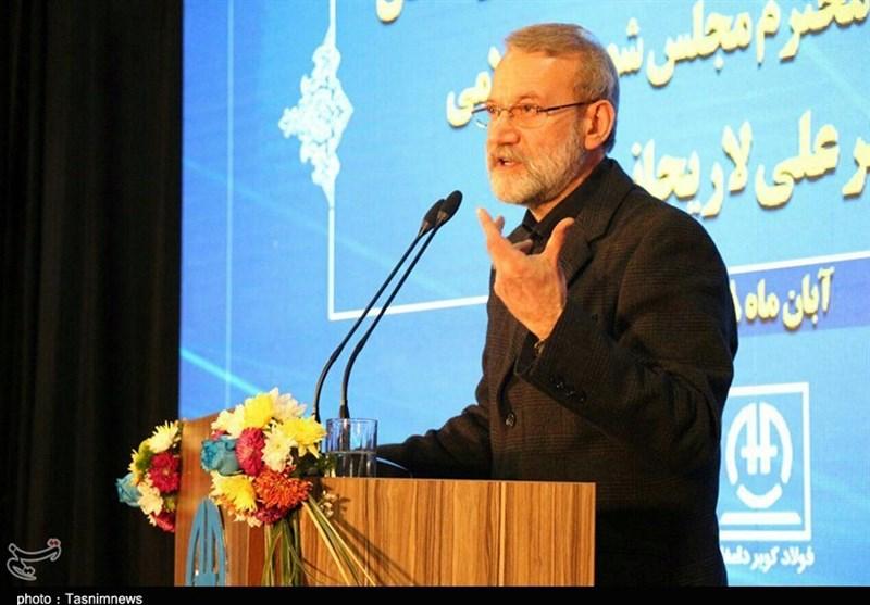 لاریجانی: آمریکا مشکلات عدیدهای برای اقتصاد ایران ایجاد کرد / باید هوشمندانه از مشکلات عبور کنیم