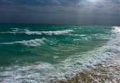 صیادان مازنی به دریا نروند؛ دریای خزر طوفانی است