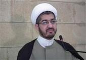 """استاذ جامعی لبنانی لـ""""تسنیم"""": امریکا تسعى الى اعادة ایران الى زمن التبعیة وسرقة ثروات شعبها"""