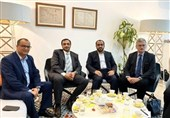 تاکید هیئت یمنی بر لغو محاصره یمن/ ادامه حملات متجاوزان به الحدیده و صعده