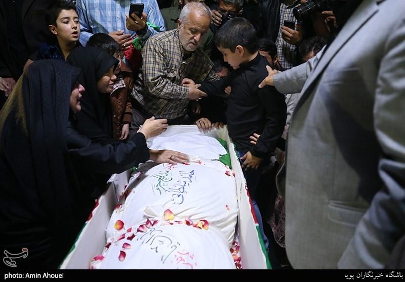 وداع با پیکر شهید مدافع حرم حامد سلطانی