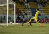 لیگ برتر فوتبال  تساوی شاهین و پارس جنوبی در 45 دقیقه نخست