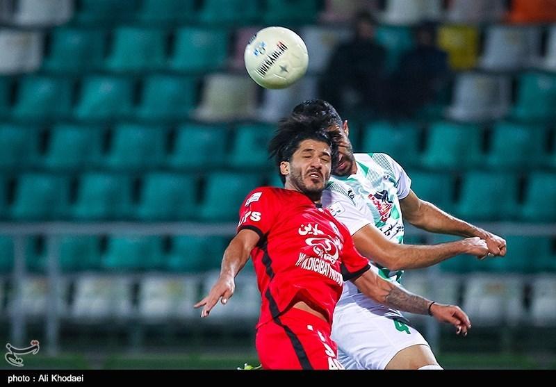 دیدار تیمهای فوتبال ذوب آهن و شاهین بوشهر