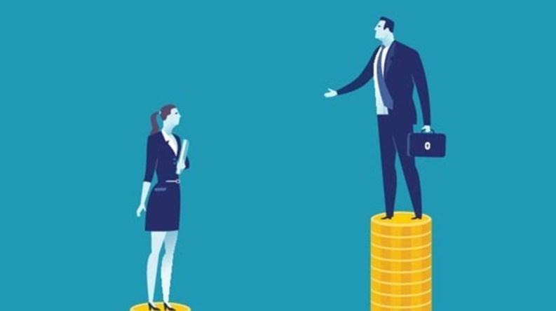 """""""تبعیض جنسیتی"""" در انگلیس/ اختلاف درآمد 2 برابری بین مردان و زنان کارگر"""
