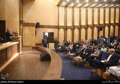 سخنرانی سردار محمد علی جعفری فرمانده قرارگاه فرهنگی حضرت بقیه الله اعظم در مراسم پنجمین همایش زنده باد مرگ بر آمریکا