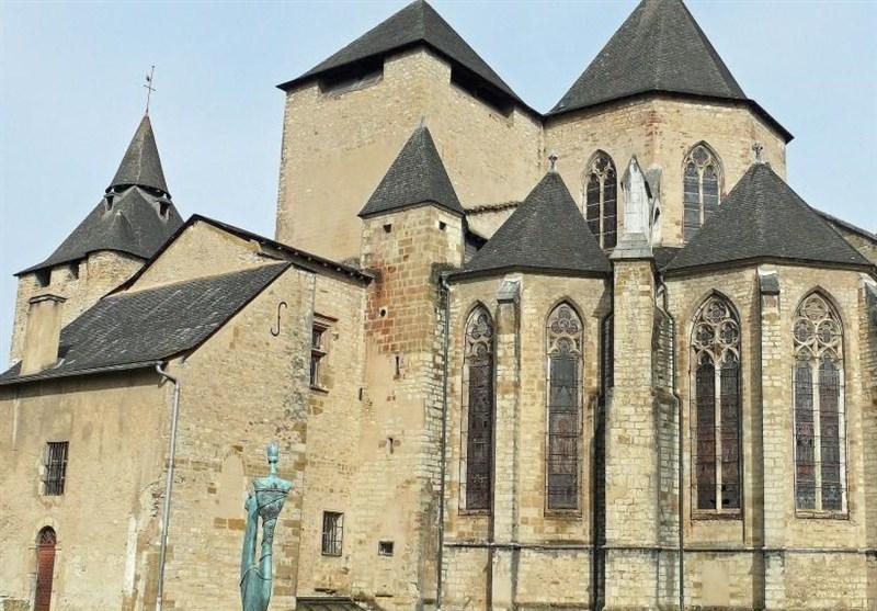 سرقت گنجینه یک کلیسای قرون وسطایی در فرانسه
