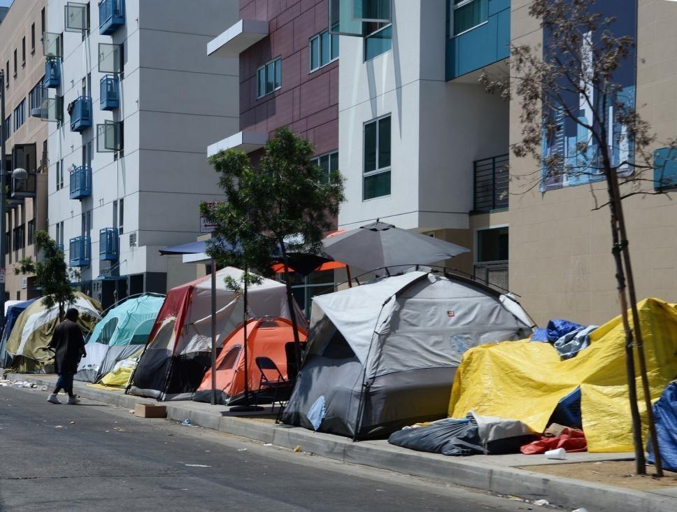 زیر خط فقر ,