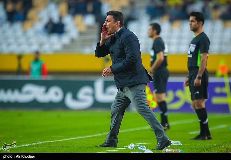 قلعهنویی: من جزو گزینههای هدایت تیم ملی نیستم اما حتماً گلمحمدی گزینه است/ الان اهل فن و فوتبالیها خانهنشین هستند