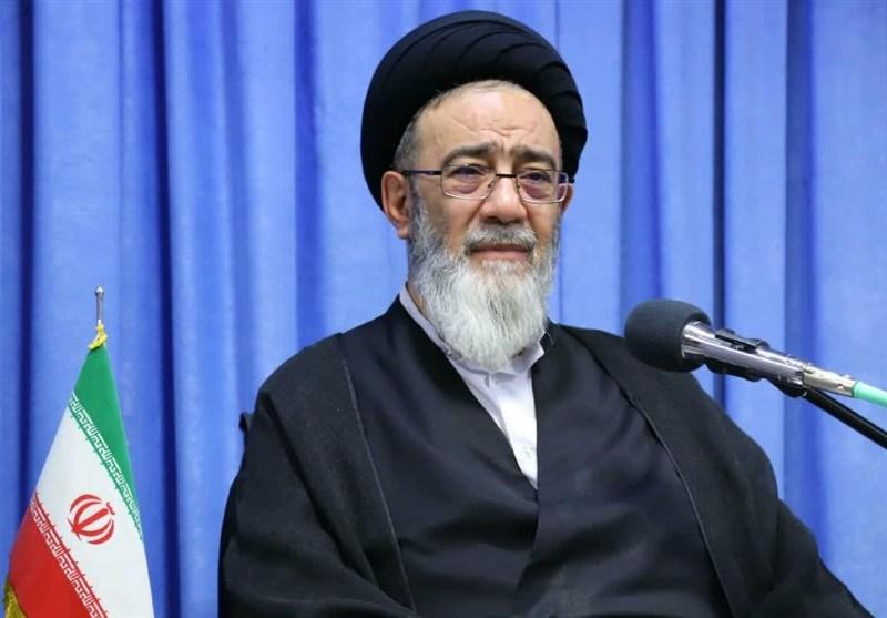 امام جمعه تبریز: صنعتگران مجاهدان جنگ اقتصادی با دشمنان هستند