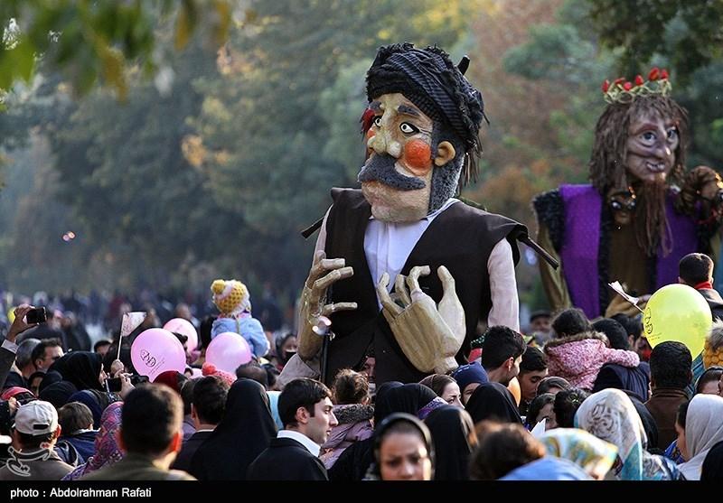 14 نمایش در سومین روز جشنواره کودک و نوجوان همدان به روی صحنه میرود