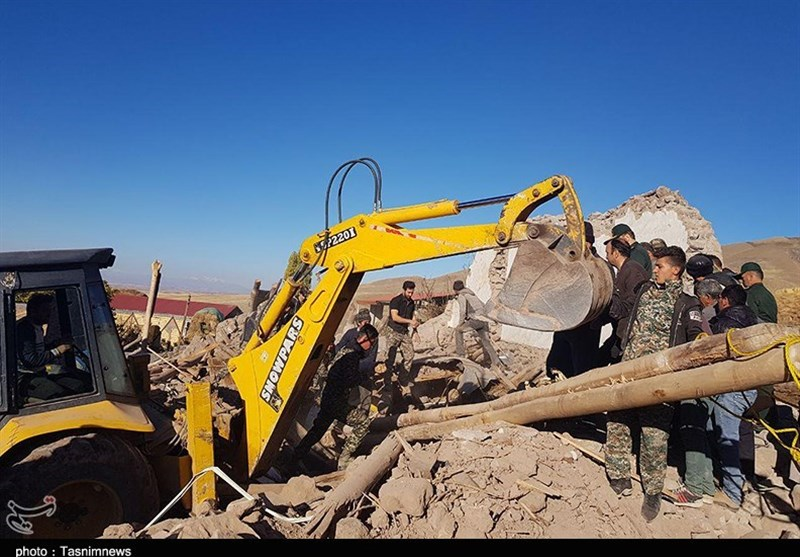 مقتل 5 اشخاص فی زلزال ضرب شمال غرب ایران+صور