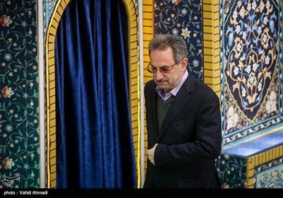 انوشیروان محسنی بندپی استاندار تهران در نماز جمعه تهران