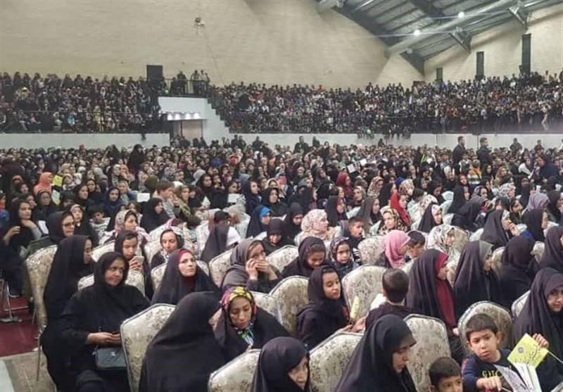 جشن 10 هزار نفری یاوران امالمؤمنین حضرت خدیجه کبری(س) در قم برگزار شد