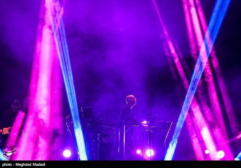 کنسرتهای آنلاین را چگونه در خانه ببینیم؟