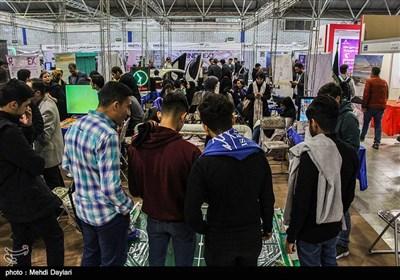 لزوم معرفی صنایع فناورانه ایران به بازارهای جهانی