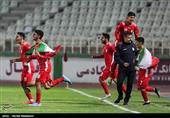 شادی بازیکنان تیم ملی فوتبال جوانان ایران پس از پیروزی مقابل امارات و صعود به دور نهایی رقابتها