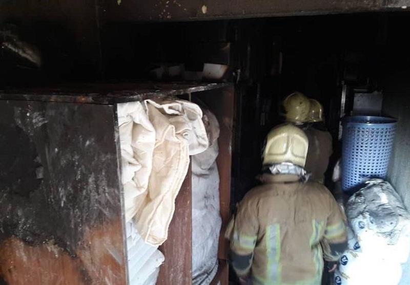 آتشسوزی در مجتمع 7 طبقه اقامتی + تصاویر
