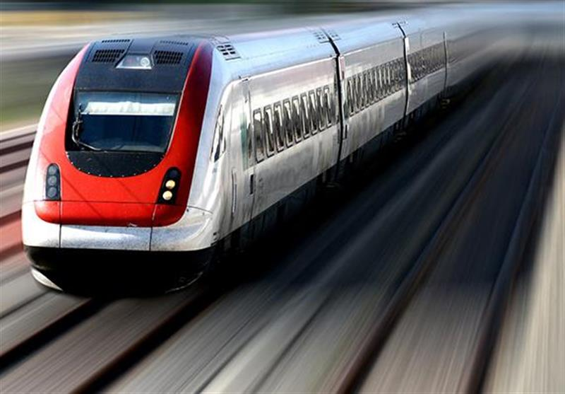 وعده جدید سوت قطار کردستان بعد از 15 سال انتظار؛ عملیات ریلگذاری آغاز شد