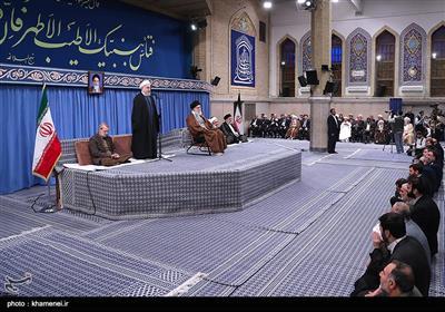 الامام الخامنئي يستقبل رؤساء السلطات الثلاث والضيوف المشاركين في مؤتمر الوحدة الاسلامية