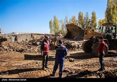 حضور فرمانده کل سپاه در مناطق زلزله زده شهرستان میانه