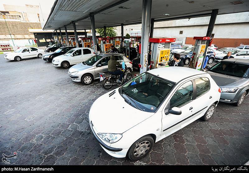 پیشنهاد جدید جایگاهداران به وزارت نفت/ علت صفهای طولانی بنزین چه بود؟