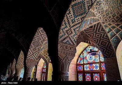 مسجد نصیرالملک ایرانی فن تعمیر کا شاہکار