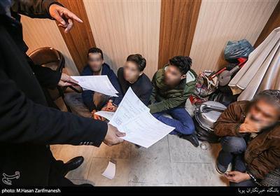 دستگیری باند سارقان در منزل بازیگر معروف