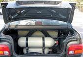 گزارش| بازی مرگبار برخی رانندگان با نصب سیلندر گاز مایع در خودرو/ ثبتنام متقاضیان گازسوز کردن خودروها ادامه دارد
