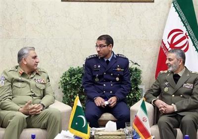 Iran, Pakistan Weigh Plans to Enhance Military Ties