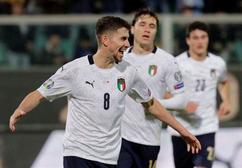 اولین برد ۹ گله تیم ملی ایتالیا بعد از ۷۱ سال/ ثبت رکوردهای جدید برای آتزوری