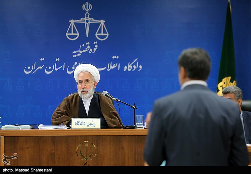 """محاکمه """"علی دیواندری"""" بازهم غیرعلنی شد"""