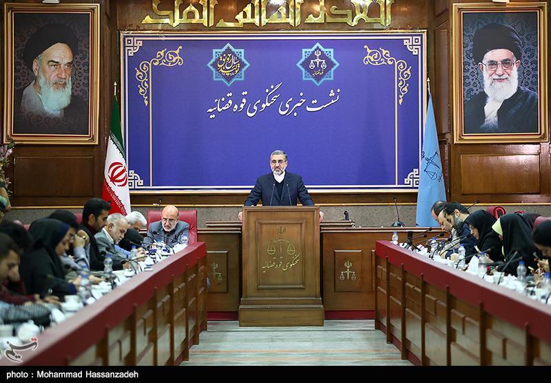 اسماعیلی: روحالله زم به اعدام محکوم شد/تصویر جسد منتسب به منصوری به ایران ارسال شد/هنوز درباره قتل یا خودکشی ابهام داریم