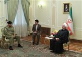 روحانی در دیدار فرمانده ارتش پاکستان: بر تروریستها پیروز میشویم
