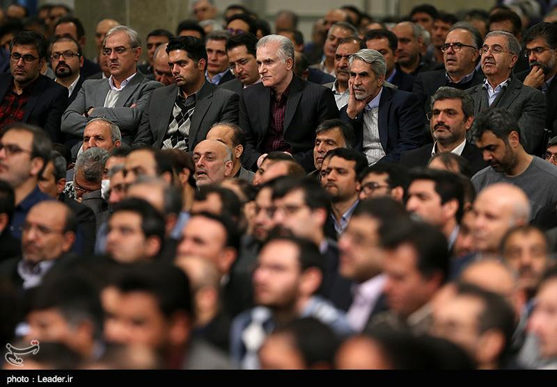 دیدار تولیدکنندگان، کارآفرینان و فعالان اقتصادی با رهبر معظم انقلاب