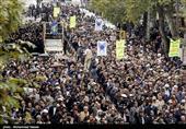 مردم استان کرمانشاه در محکومیت اغتشاشات اخیر راهپیمایی میکنند
