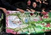 مراسم وداع با «شهید مدافع وطن» در رشت به روایت تصویر