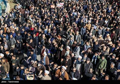 Massive Rally Held in Iran's Isfahan against Recent Riots