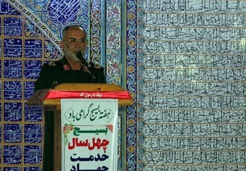 سردار رزمجو: بسیج در دفاع از دستاوردهای انقلاب از هیچ کوششی فروگذاری نمیکند