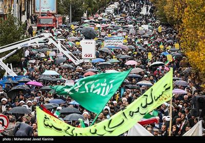 اسلامی جمہوری ایران کے صوبہ کرمان میں شر پسندوں کے خلاف مظاہروں کی تصویری رپورٹ