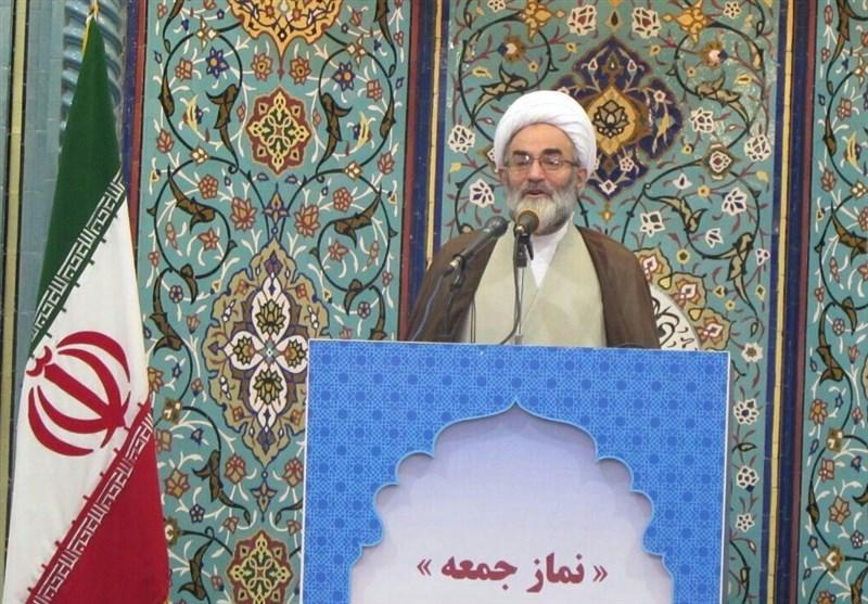 واکنش امام جمعه رشت به تهدید هواپیمای مسافربری ایران /آمریکاییها بدانند دوران تهدید ملتها گذشته است